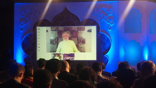 Technology in Politics: Google hangout by CM Narendra Modi