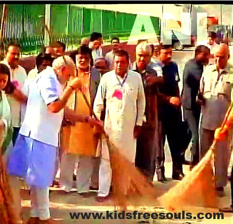 Clean India - Swachhta Abhiyaan Launched
